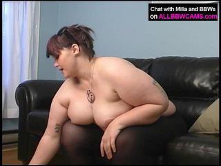 големи пишки, задника облизване, порно момиче и мъжете в леглото