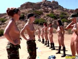 Breanne benson un viņai 10 gfs uz lesbietes armija