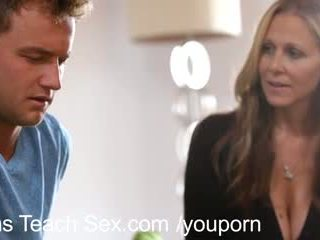 Teinit pari gets seksi lessons alkaen kuuma äiti