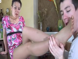 Betje eje gets sikilen by a young hard sik