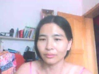 Chinese mom aku wis dhemen jancok flashes cilik dhadhane