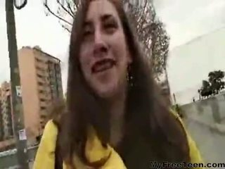 Pilladas adolescentes nicole corridas adolescentes aficionados tragan アナル dp
