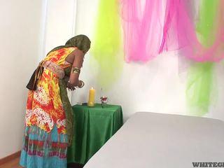 Beautiful indian wife sucking muscle penis