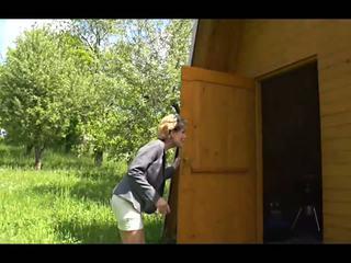 Une vieille dehors là: dehors hd porno vidéo 57