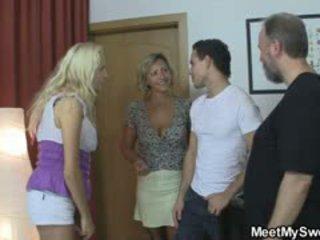 Blondinė mergaitė involved į 3se su jo olds