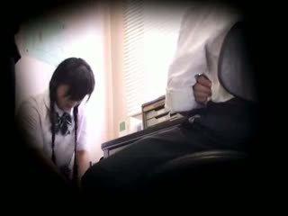 Blackmailed innocent školáčka