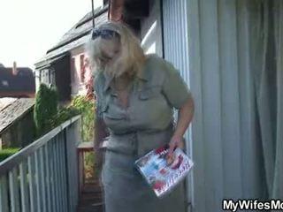 Esposa catches sua a trair ao ar livre