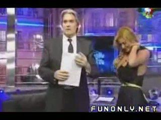 المعتوه slip في الأرجنتيني تلفزيون