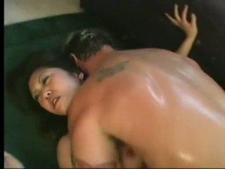 Fleksibel asiatisk kaiya lynn spreaads åpen ben having spicy cunny bashed