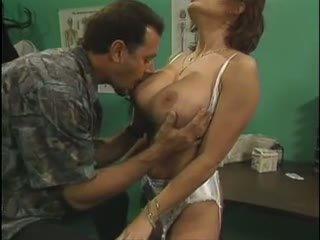 Vintage Us Mature: Free Big Natural Tits Porn Video 73