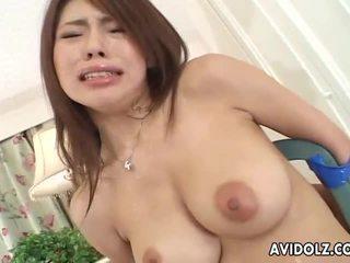 Smulkutė japoniškas mažutė servicing two cocks