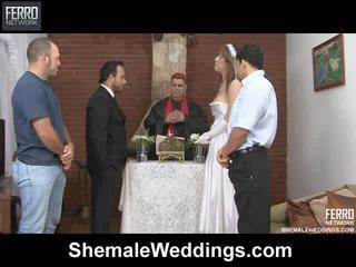 Hardcore seks mengen door shemale weddings