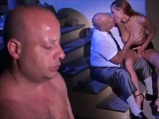 Sexo orgia em italiana estilo vídeo