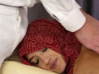american boy fuck hot Arab Muslim Girl...