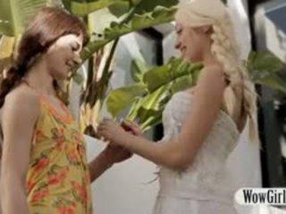 Krūtainas pusaudze nancey sharing bf ar sīka auguma aimee ryan