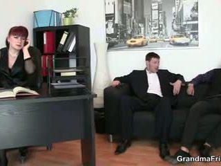 Biuro dojrzała suka ujeżdżanie kutas później kutas ssanie: porno 8c