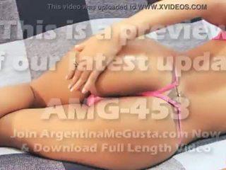 Coração shaped cu latina - grande mamas - puffy cona. quente corpo! <span class=duration>- 51 sec</span>