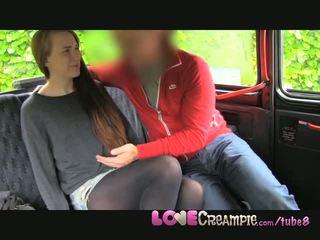 Liefde creampie ondeugend roodharige student gets geneukt door taxi driver voor cash