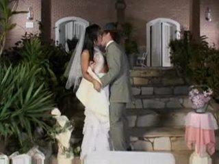 Bride Alessandra Ribeiro in mutual action