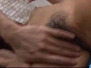 Με πλούσιο στήθος μητέρα που θα ήθελα να γαμήσω akiho nishimura craves για ένα ωραίος γαμώ: πορνό 7d