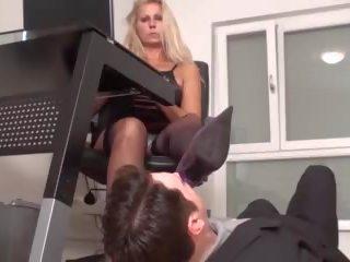 Slaves in voet marteling door dominant dames: gratis hd porno a8