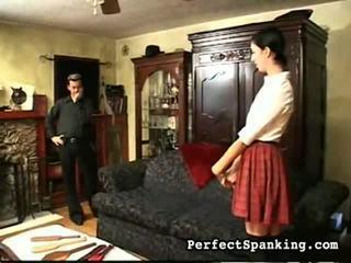 fin rumpe, spanking
