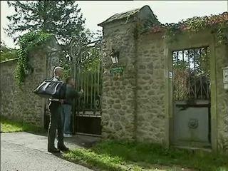 Debora coeur - немски прислужница прецака от stranger