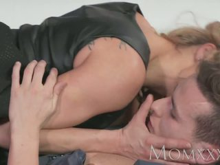 Mom Guy Gives His Friends Mom a Good Fucking Before.