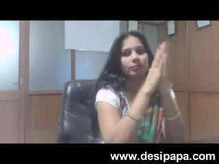 Hinduskie bhabhi seks bigtits sucked przez jej szef w cabin mms
