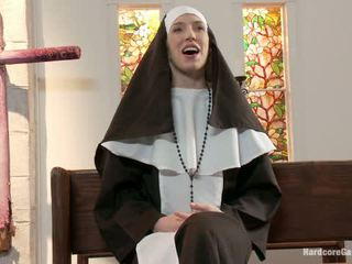 Maliit ginintuan ang buhok lives out fantasy madre gangbanged by 5 priests sa chapel
