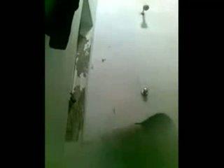 Indieši liels krūtis meitene peldēšanās