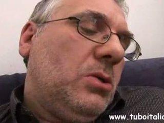 Italiaans tiener met ouder guy ragazza