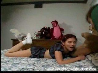 Stepdad un viņa meita
