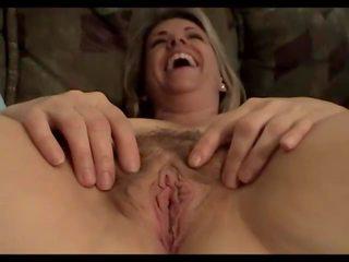 Poraščeni zreli liz: brezplačno zreli porno video 46