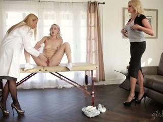 Teaching māte un step-daughter, bezmaksas meitenes veids hd porno 6d