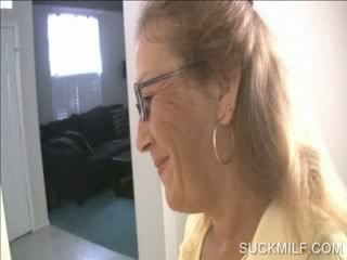 Mom and chick sucking a dong