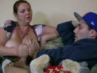 Carrie moon で ザ· ベビーシッター, フリー 大きい ナチュラル ティッツ ポルノの ビデオ