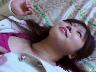 Ongeschoren aziatisch babe creampied