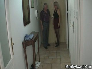 Hottie In 3some All Over Her BF Parents