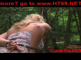 Captured blone slaaf meisje