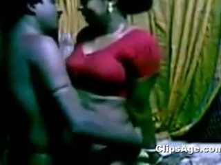 Southindian χαριτωμένο servant aunty γαμήσι αυτήν αφεντικό ενώ του σύζυγος non availe