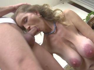 Het äldre kön med smutsiga momen och son, högupplöst porr 98