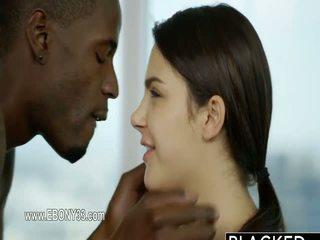 Impresionante brutal negra rabo y su secreto lover