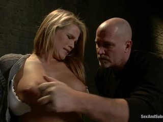 Immature blondīne aiden aspen has humiliated