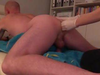 Amateur bi paar faustfick bis zum ellenbogen: gratis porno bf