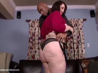 Good Booty Chunky Melody Monroe Makes Love Her Opening Chocolate Pisser