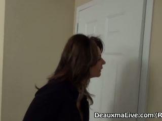 Zreli milf deauxma razpis lezbijke spremljevalka da prihajajo jebemti ji!