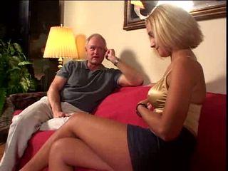 Starý guy loves na semeno vnútri ju pička video