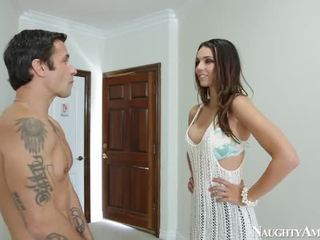 Thin Cougar Tiffany Tyler Making Love Onto Sensuous America