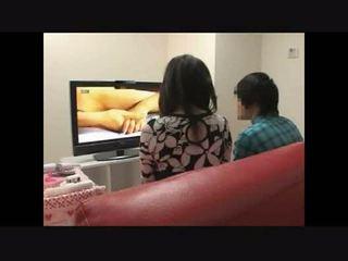 Madre y hijo observando porno juntos experimento 4